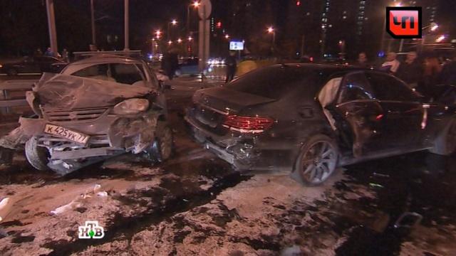 Из-за серьезного ДТП вМоскве перекрыли Нахимовский проспект.ДТП, Москва, автомобили, полиция.НТВ.Ru: новости, видео, программы телеканала НТВ