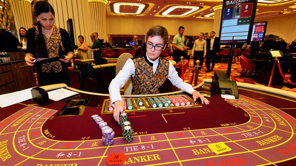 Видео о казино владивостока деревня казино липецкой области