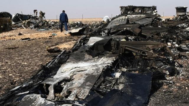 ФСБ: на борту A321взорвалась бомба на основе пластита.Египет, ФСБ, авиационные катастрофы и происшествия, терроризм.НТВ.Ru: новости, видео, программы телеканала НТВ