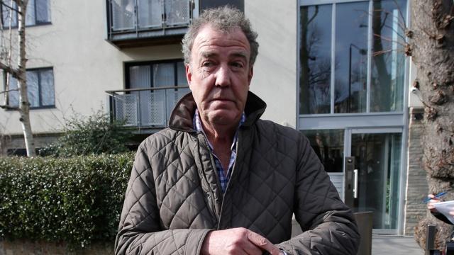 Экс-ведущий Top Gear Кларксон выплатил компенсацию избитому им продюсеру. BBC Великобритания драки и избиения знаменитости телевидение. НТВ