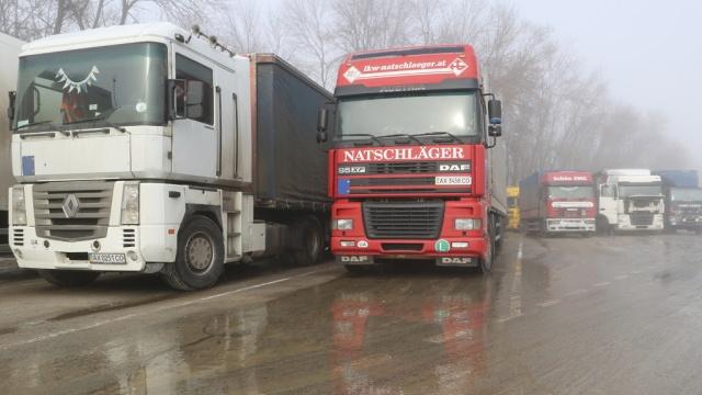 Украина согласилась возобновить транзит фур.Украина, грузовики.НТВ.Ru: новости, видео, программы телеканала НТВ