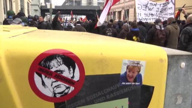 «Предательница народа»: в Берлине прошли акции против политики Меркель.Германия, Меркель, беженцы, митинги и протесты.НТВ.Ru: новости, видео, программы телеканала НТВ
