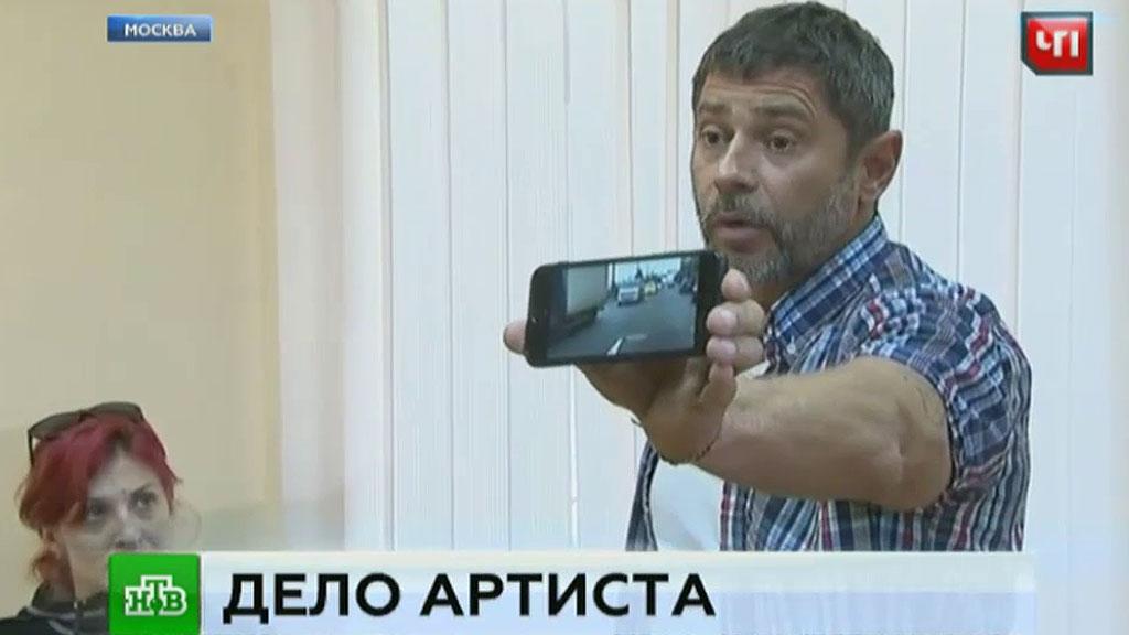 Суд снова запретил актеру Валерию Николаеву садиться за руль