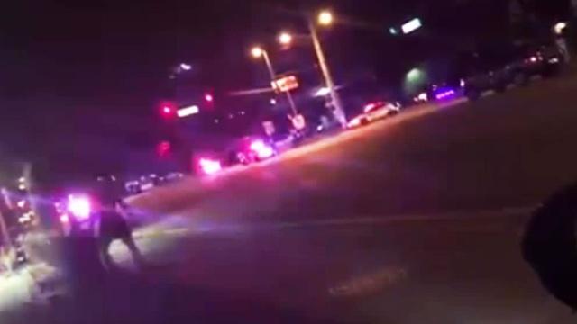 Полиция обнаружила множество убитых после стрельбы вгей-клубе Орландо.Клинтон Хиллари, США, Трамп Дональд, заложники, ночные клубы, стрельба, убийства и покушения.НТВ.Ru: новости, видео, программы телеканала НТВ