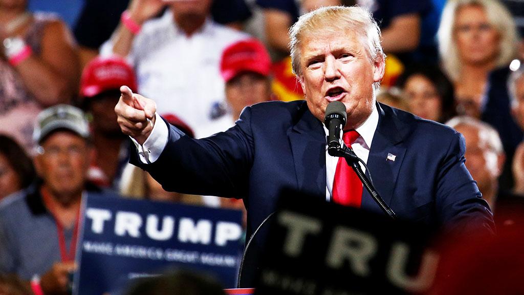 Трамп попросил госсекретаря США восстановить отношения с Россией