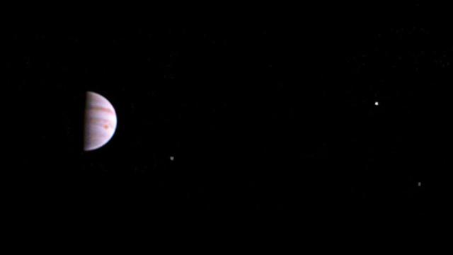 Космический зонд Juno передал первый снимок сорбиты Юпитера.космос, НАСА, наука и открытия, Юпитер.НТВ.Ru: новости, видео, программы телеканала НТВ