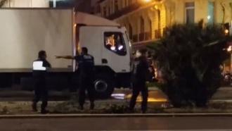 Опубликовано видео ликвидации террориста вгрузовике на набережной Ниццы