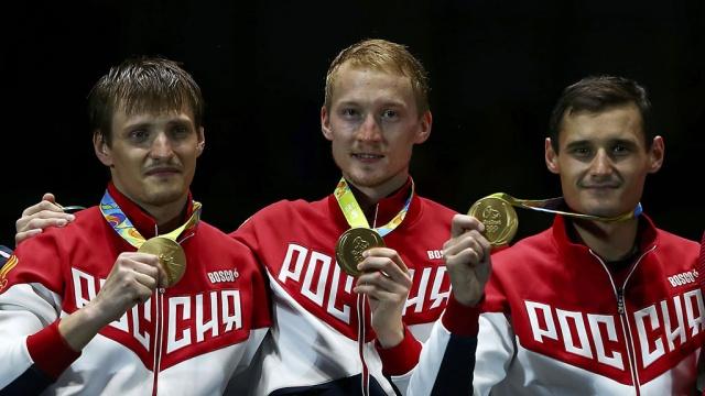 Три мушкетера: российские рапиристы в Рио одержали сумасшедшую победу.Олимпиада, Рио-де-Жанейро, велоспорт, спорт, стрельба, теннис, фехтование.НТВ.Ru: новости, видео, программы телеканала НТВ