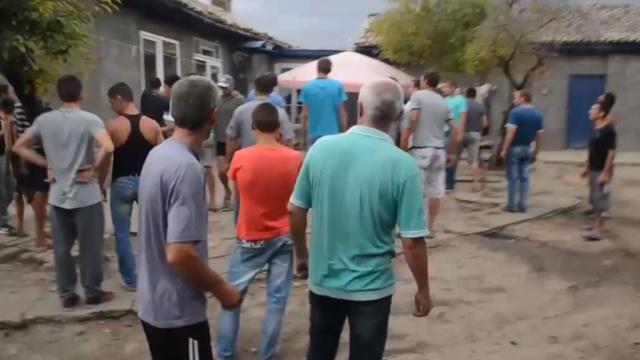 Жители села под Одессой устроили массовый бунт из-за убийства ребенка.беспорядки, дети и подростки, Одесса, убийства и покушения, Украина.НТВ.Ru: новости, видео, программы телеканала НТВ