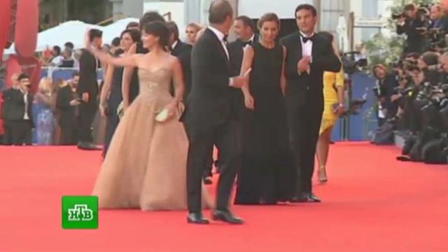 На Венецианском кинофестивале ждут небывалое количество голливудских звезд.Венеция, знаменитости, Италия, кино, фестивали и конкурсы.НТВ.Ru: новости, видео, программы телеканала НТВ