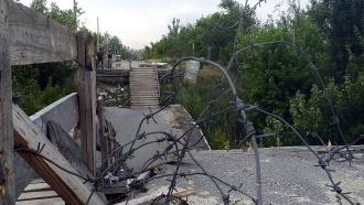 Двое мирных жителей тяжело ранены на линии разграничения в Донбассе