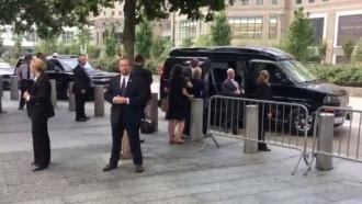 Хиллари Клинтон стало плохо <nobr>из-за</nobr> &laquo;перегрева&raquo;