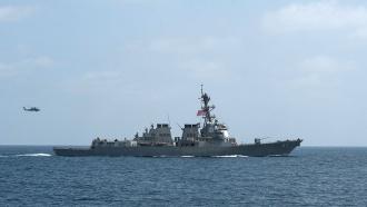 Йеменские повстанцы вновь обстреляли эсминец военно-морских сил США