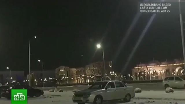 Открывшие стрельбу вГрозном боевики блокированы укладбища.Грозный, Исламское государство, Кадыров, Чечня, полиция, терроризм.НТВ.Ru: новости, видео, программы телеканала НТВ