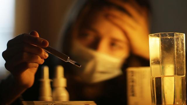 В России зарегистрировали первую смерть от гриппа в этом сезоне.Санкт-Петербург, грипп и ОРВИ, смерть, эпидемия.НТВ.Ru: новости, видео, программы телеканала НТВ
