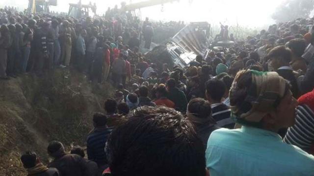 Школьный автобус столкнулся с грузовиком в Индии: 25 детей погибли.ДТП, Индия, дети и подростки, смерть.НТВ.Ru: новости, видео, программы телеканала НТВ