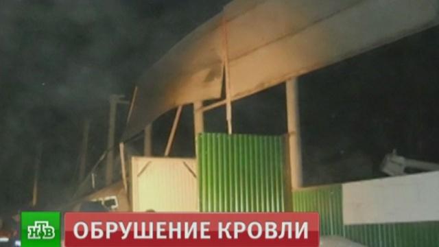 Под Новосибирском обрушился конный клуб: двое погибших.Новосибирская область, обрушение.НТВ.Ru: новости, видео, программы телеканала НТВ