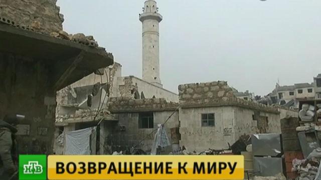 Вдревней мечети Алеппо обезвредили спрятанный боевиками мощный фугас.Сирия, армия и флот РФ, войны и вооруженные конфликты, разминирование, терроризм.НТВ.Ru: новости, видео, программы телеканала НТВ