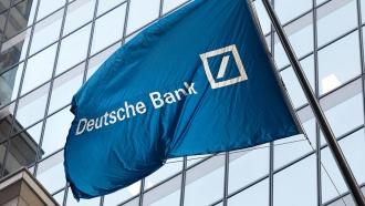 Deutsche Bank получил еще один крупный штраф за вывод денег из России