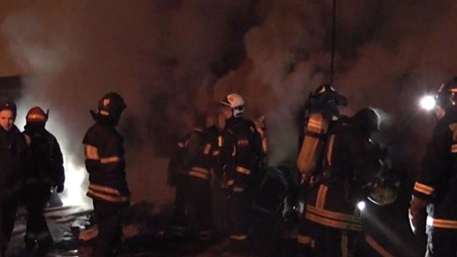 Двое мужчин погибли при пожаре вгараже на западе Москвы.Москва, несчастные случаи, пожары, смерть.НТВ.Ru: новости, видео, программы телеканала НТВ