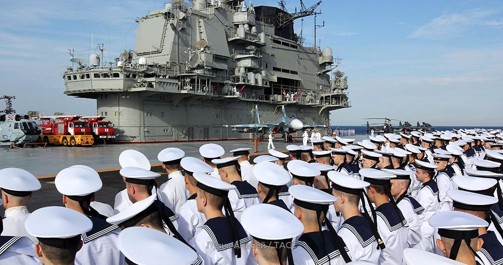 Картинки военные моряки на корабле