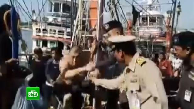 Сутки цеплявшийся за буй россиянин Сомов стал для тайцев героем.Таиланд, поисковые операции, туризм и путешествия.НТВ.Ru: новости, видео, программы телеканала НТВ