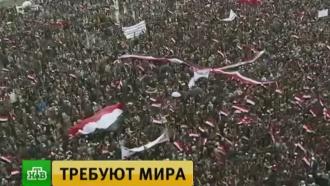 Сотни тысяч демонстрантов в Йемене требуют прекратить бомбардировки