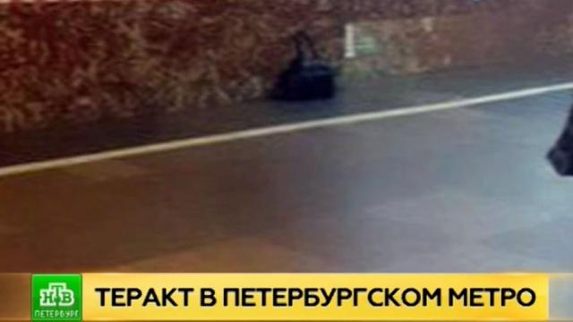 Саперы обезвредили на «Площади Восстания» неразорвавшуюся бомбу.Санкт-Петербург, взрывы, метро.НТВ.Ru: новости, видео, программы телеканала НТВ