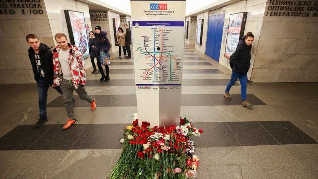 Следственный комитет: опознаны еще двое погибших при теракте вметро.Бастрыкин, Санкт-Петербург, Следственный комитет, взрывы, метро, расследование, терроризм.НТВ.Ru: новости, видео, программы телеканала НТВ