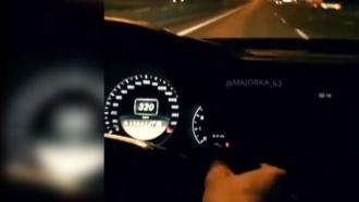 Mercedes разогнался до 320 км/ч на МКАД