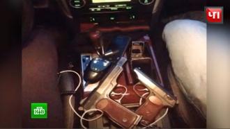 Фото оружия и «корочки» МВД: у столичного мажора в соцсетях нашли «уголовный клад»