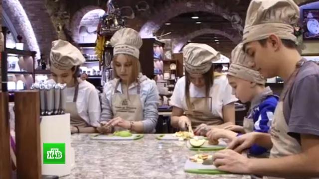 Юные артисты шоу «Ты супер!» попробовали себя вроли поваров икондитеров.НТВ.Ru: новости, видео, программы телеканала НТВ
