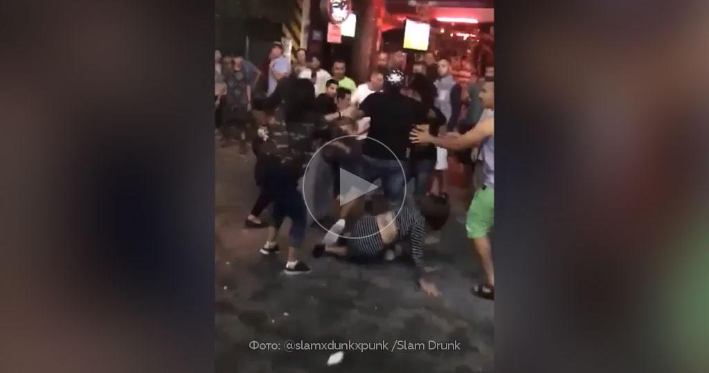 Бьет проституток шлюхи в Тюмени пер Енисейский