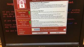 Британские специалисты предупреждают об угрозе новых кибератак вируса WannaCry