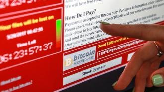 СМИ: за масштабной кибератакой вируса WannaCry могут стоять хакеры из КНДР