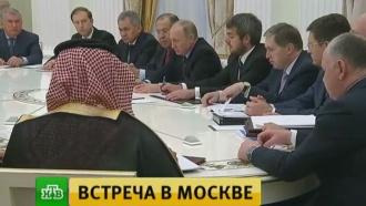 Путин отметил роль России иСаудовской Аравии встабилизации цен на нефть