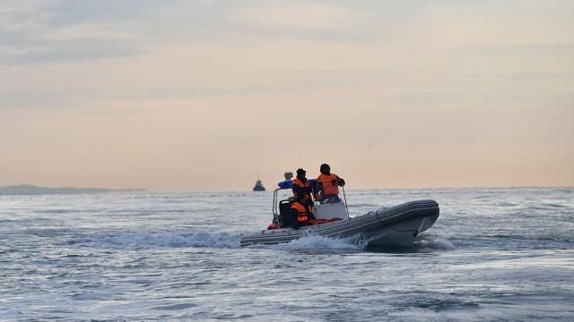 На Ладожском озере перевернулась лодка сподростками, трое пропали без вести.Карелия, МЧС, дети и подростки, реки и озера.НТВ.Ru: новости, видео, программы телеканала НТВ