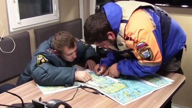 Спасатели обследовали почти 40квадратных километров акватории Ладожского озера.Карелия, дети и подростки, поисковые операции, реки и озера.НТВ.Ru: новости, видео, программы телеканала НТВ