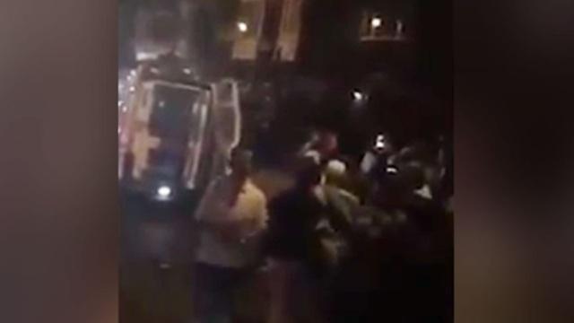 Мужчина с обувной ложкой напал на прохожих у стен мечети в Лондоне.Великобритания, задержание, Лондон, нападения.НТВ.Ru: новости, видео, программы телеканала НТВ