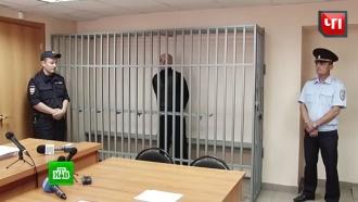 Челябинскому рецидивисту добавили 3,5года за побег вофицерском кителе