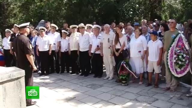 Балтфлот почтил память моряков, погибших на подлодке «Курск».армия и флот РФ.НТВ.Ru: новости, видео, программы телеканала НТВ