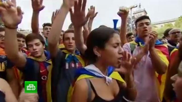 Бастуют все: общественный транспорт Каталонии встал из-за антиполицейских протестов.Испания, Каталония, митинги и протесты, общественный транспорт.НТВ.Ru: новости, видео, программы телеканала НТВ