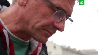 Журналиста НТВ задержали после того, как он занес нож над «Киевским» тортом