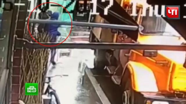 Убийство в центре Москвы сняла уличная камера.Москва, стрельба, убийства и покушения, эксклюзив.НТВ.Ru: новости, видео, программы телеканала НТВ