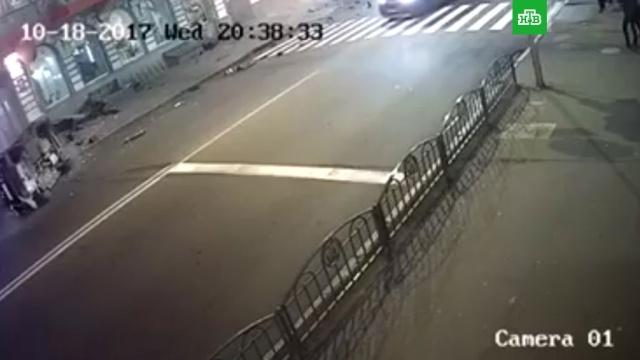 Видео смертельного ДТП сLexus вХарькове выложили вСеть.ДТП, Украина, автомобили, полиция.НТВ.Ru: новости, видео, программы телеканала НТВ