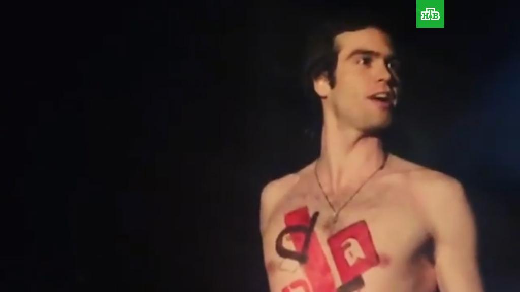 teatralnie-eroticheskie-spektakli-smotret-chlen-vlezaet-sluchaynie