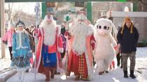 Путешествие Деда Мороза. Праздник вБарнауле.дети и подростки, Новый год, НТВ, благотворительность, торжества и праздники, подарки, Дед Мороз.НТВ.Ru: новости, видео, программы телеканала НТВ