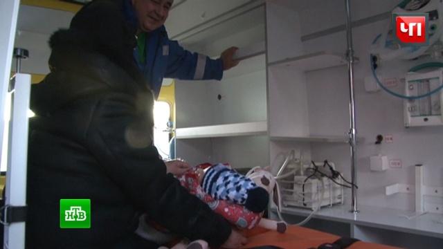 Выжившую при крушении самолета трехлетнюю девочку привезли вХабаровск.Следственный комитет, Хабаровский край, авиационные катастрофы и происшествия, расследование, самолеты.НТВ.Ru: новости, видео, программы телеканала НТВ