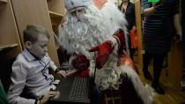 Путешествие Деда Мороза. Праздник вЕкатеринбурге.НТВ.Ru: новости, видео, программы телеканала НТВ