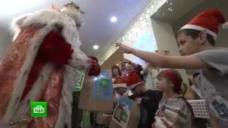 Дед Мороз икоманда НТВ приехали сподарками вСамару